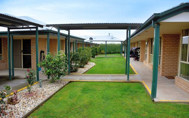 Retirement Villages & Property in Echuca, VIC 3564 for Rent