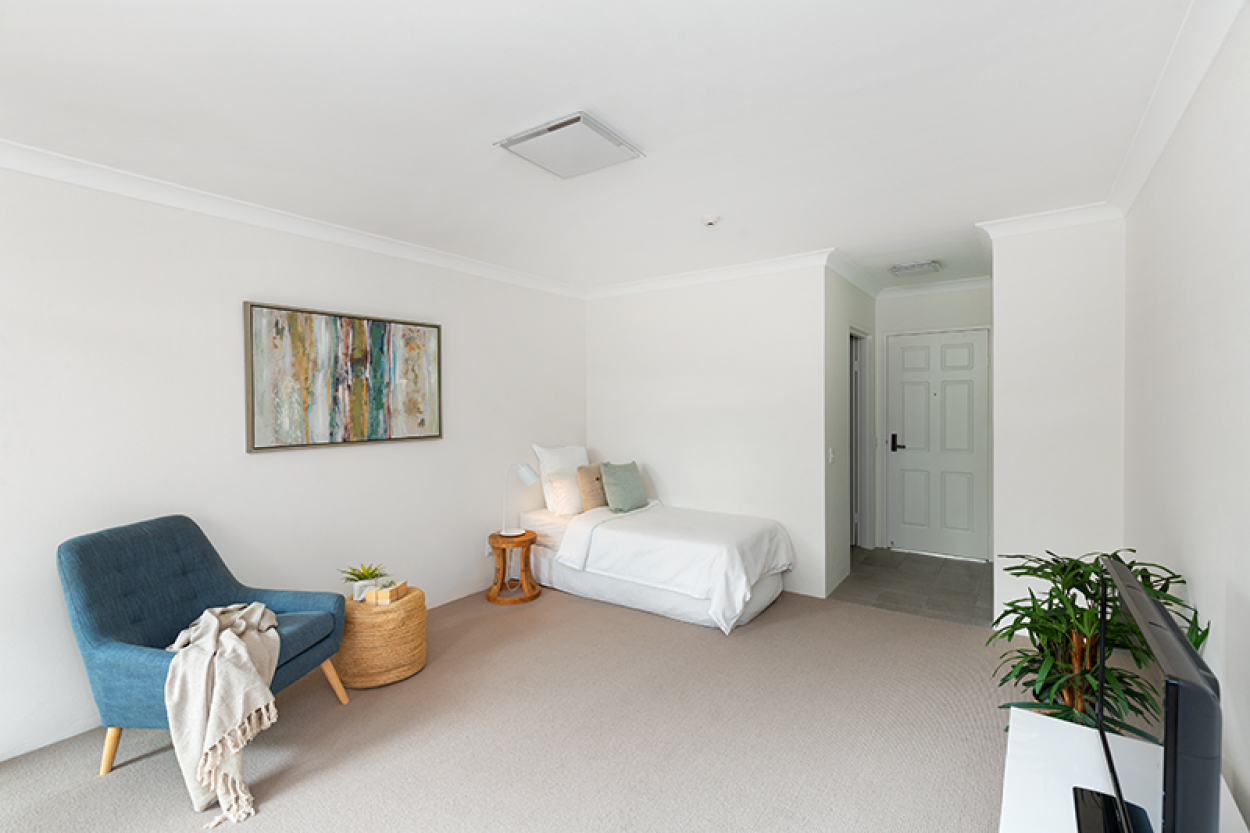 Stylish and newly renovated serviced apartment