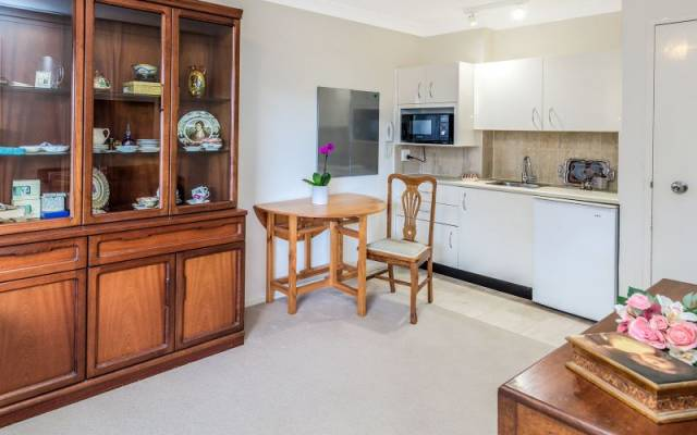Serviced Apartment with an Easterly Aspect