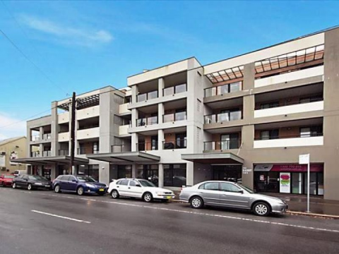 THREE BEDROOM APARTMENT - REGISTER FOR AN INSPECTION ALERT TODAY