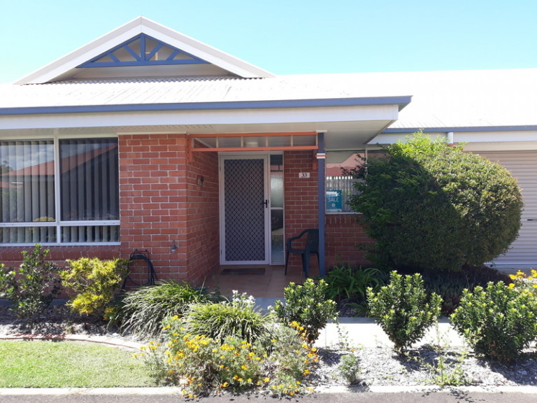 North-facing property, ideally located for comfort and convenience.