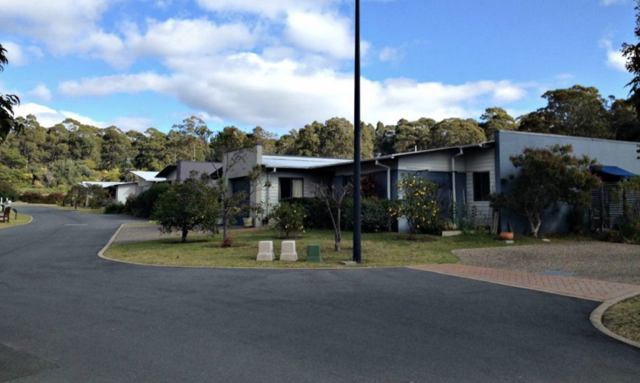 Sanananda Park 2B Tura Beach Drive - Tura Beach 2548 Retirement Property for Sale