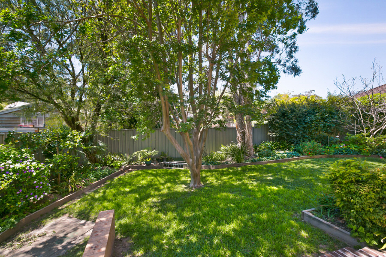 Updated First Floor 1 Bedroom Apartment in the heart of West Pennant Hills $390 p/w 31 3a Verney Drive - West Pennant Hills 2125 Retirement Property for Rental