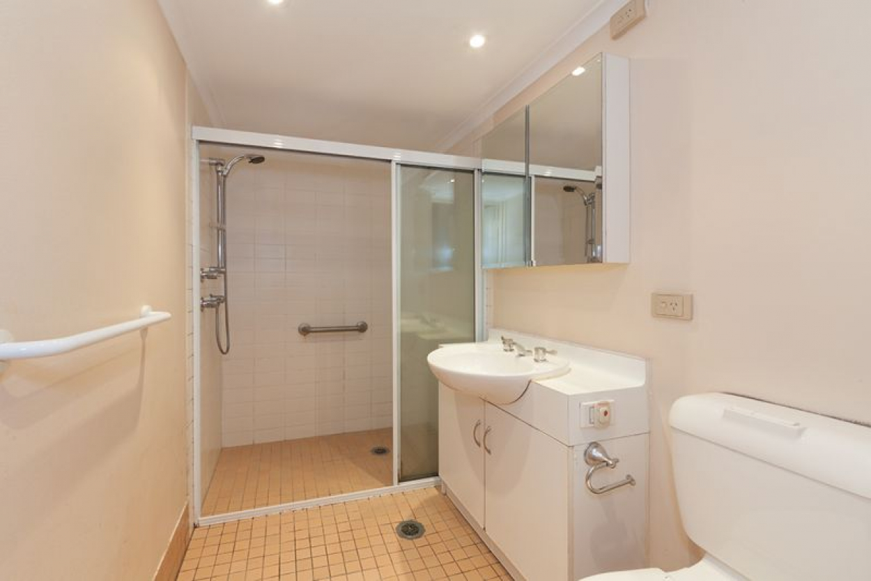 Spacious floorplan offering flexible options