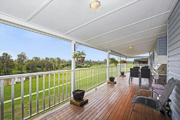 146/102A Moores Pocket Road