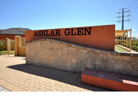 Ashlar Glen and Dianella Village