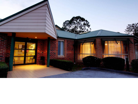 Regis aged care-- ALAWARRA LODGE