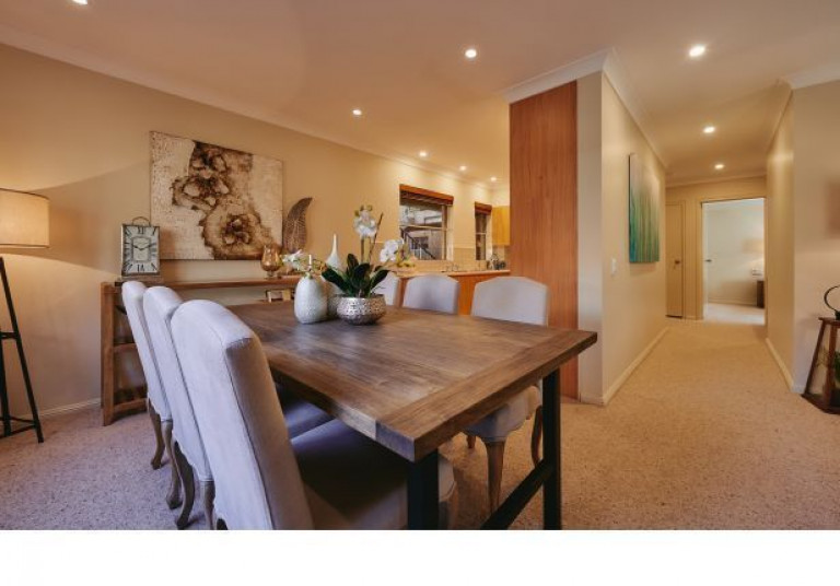 Courtlands Village - 3 Bedroom Apartment - available to buy!