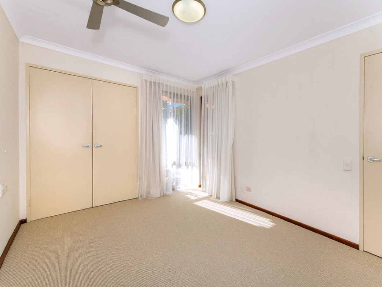 Location, location, location! Close to both transport and amenities