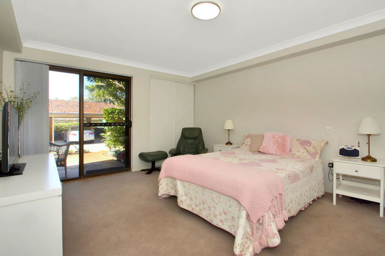 Perfectly positioned ground floor apartment situated within the clubhouse.