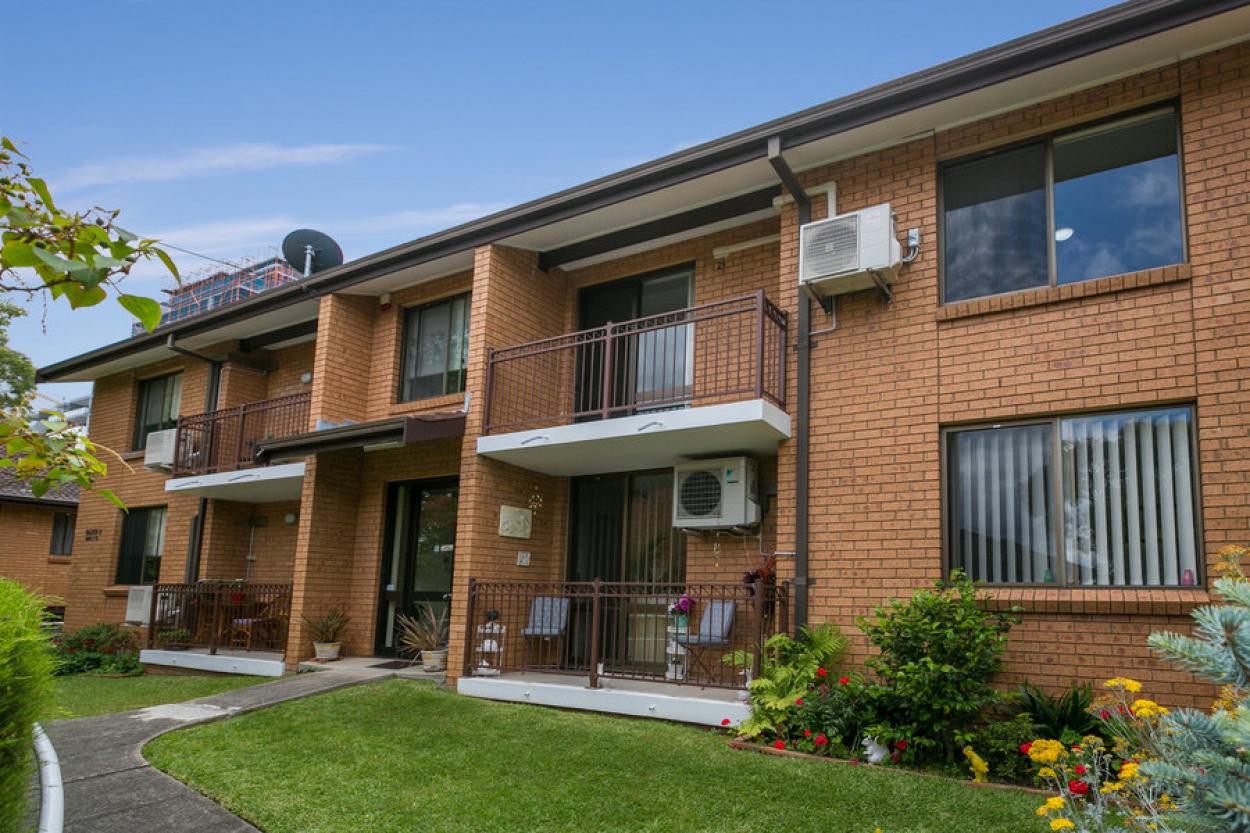 Ground Floor, 1 Bedroom Apartment minutes from the heart of Hurstville $290 p/w Unit 23 47 Woniora Road - Hurstville 2220 Retirement Property for Rental