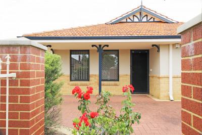 Amaroo Village - 2, 22 Astley - 3 bedroom villa
