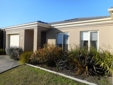 Unit 44, Cardinia Waters Village