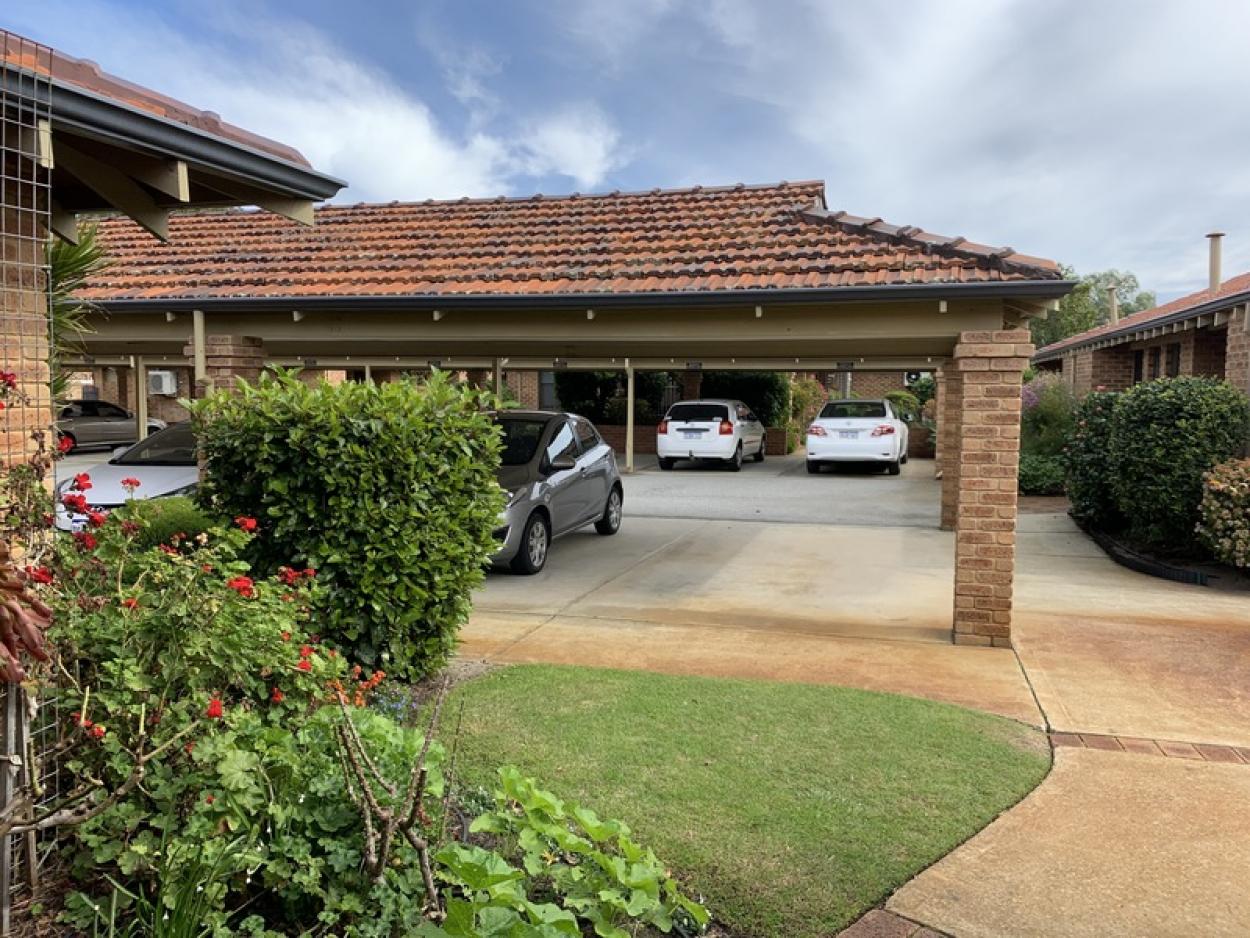 Beautifully presented villa in prime location