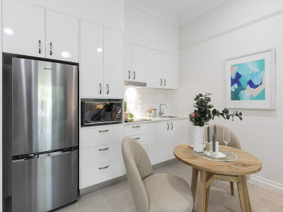 Idyllic one bedroom apartment located in the heart of Clayfield