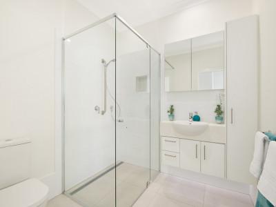 Stunning 2 bedroom 2 bathroom villa with Free Relocation Deal