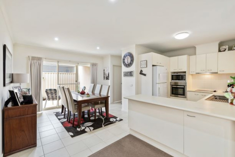 Unit 30, Cardinia Waters Village