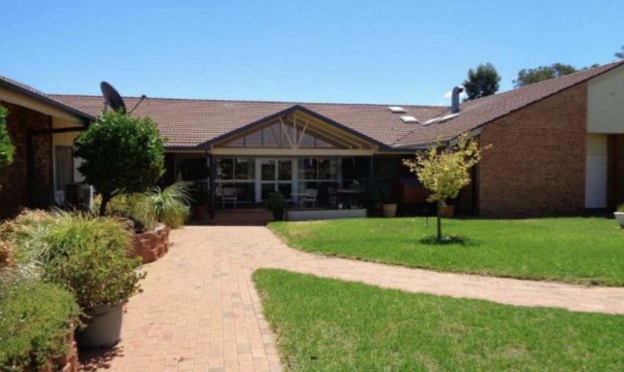 Robert White Village 2  Madline Street - Condobolin 2877 Retirement Property for Sale