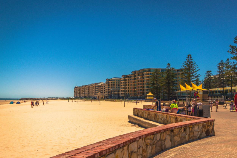 Tram and Glenelg beach at your door step!