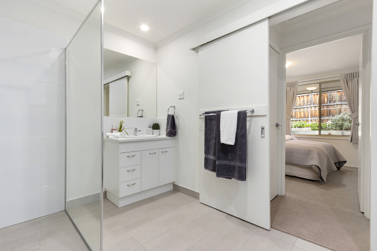 Enjoy a low maintenance retirement in this sun-drenched villa - Templestowe Village