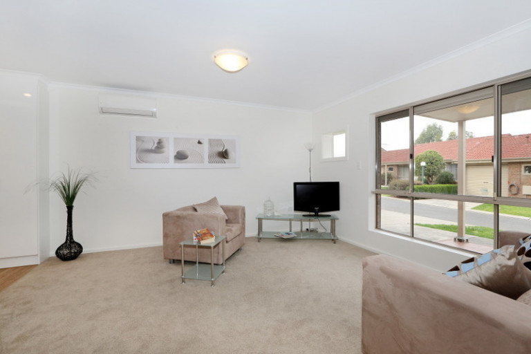 Large two bedroom, lovely deep lawn, wonderful outlook