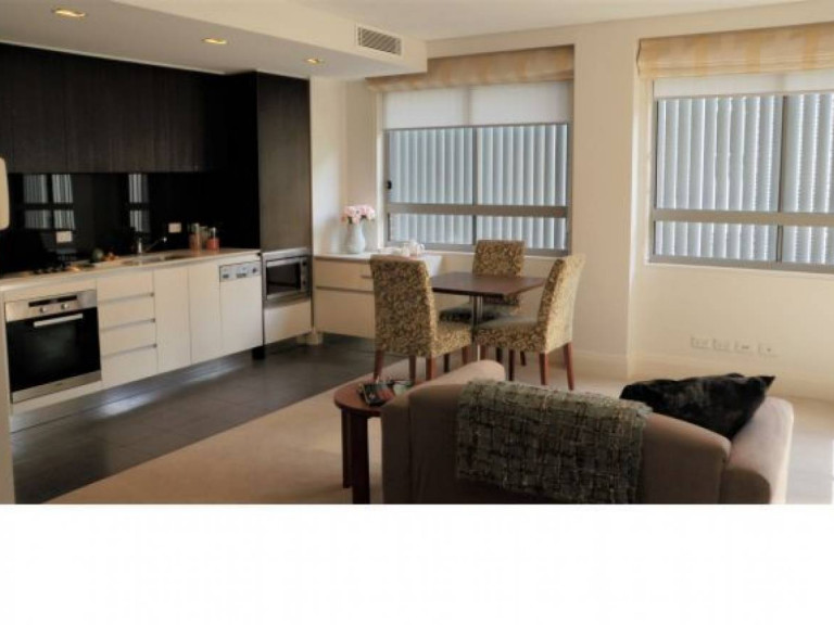 Newly refurbished 1 bedroom apartment