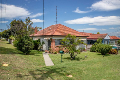 Very well maintained family home