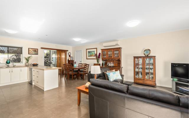 # 6 New low price! Ready to move in & relax