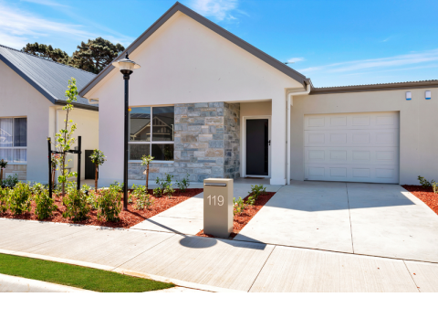 Last available brand new home - ready to move into now!