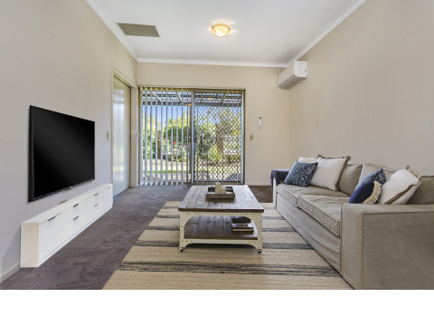 Unit 5 Lakeside Gardens - Well presented and conveniently located one bedroom unit. Relax on your front patio with views across to Bibra Lake