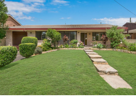 Low maintenance & Centrally Located