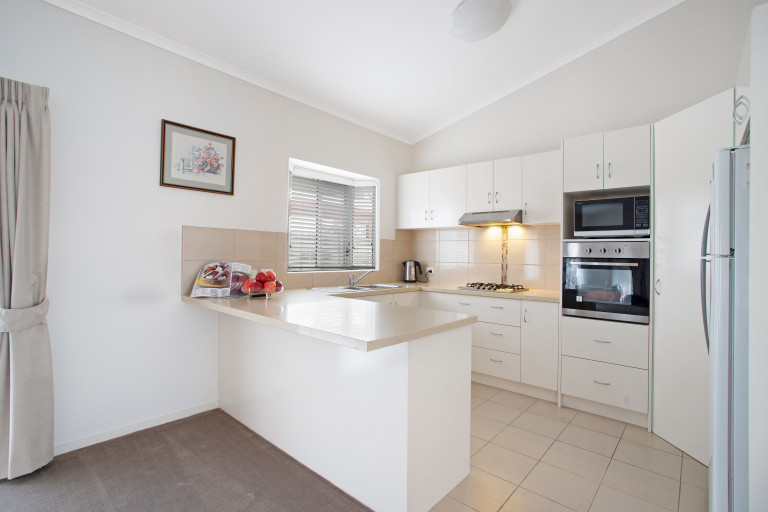 Under Offer - 2 Pokolbin Court
