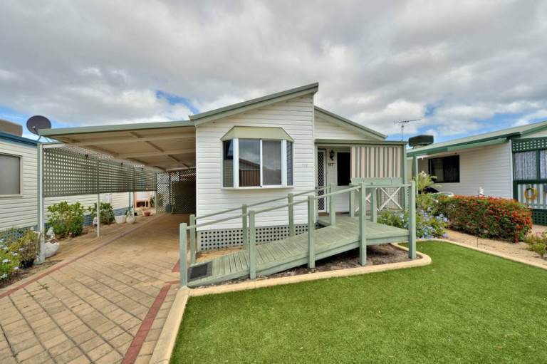 2 Bedroom Home With Ramp Access and Air-Conditioning at Mandurah Gardens Estate