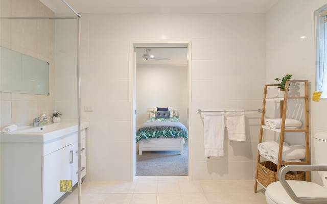 Serviced unit in BRIGHTON - with 24/7 onsite care