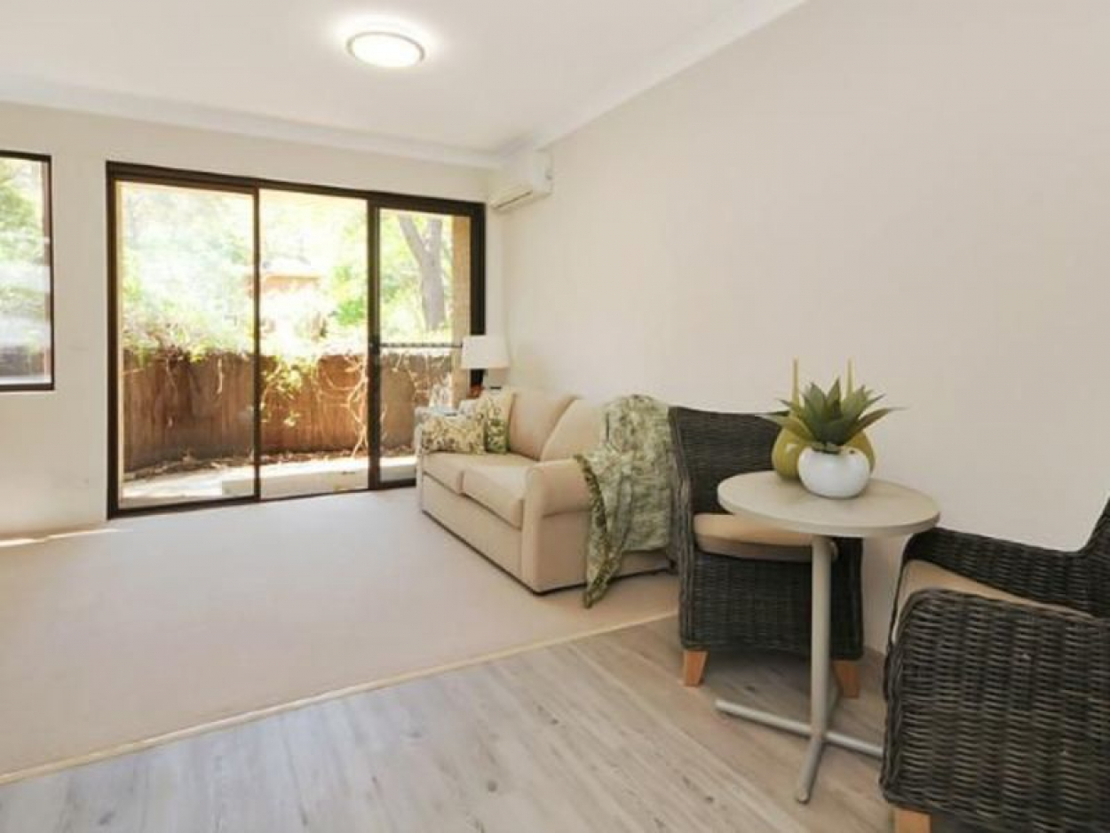 Ground floor completely renovated serviced apartment