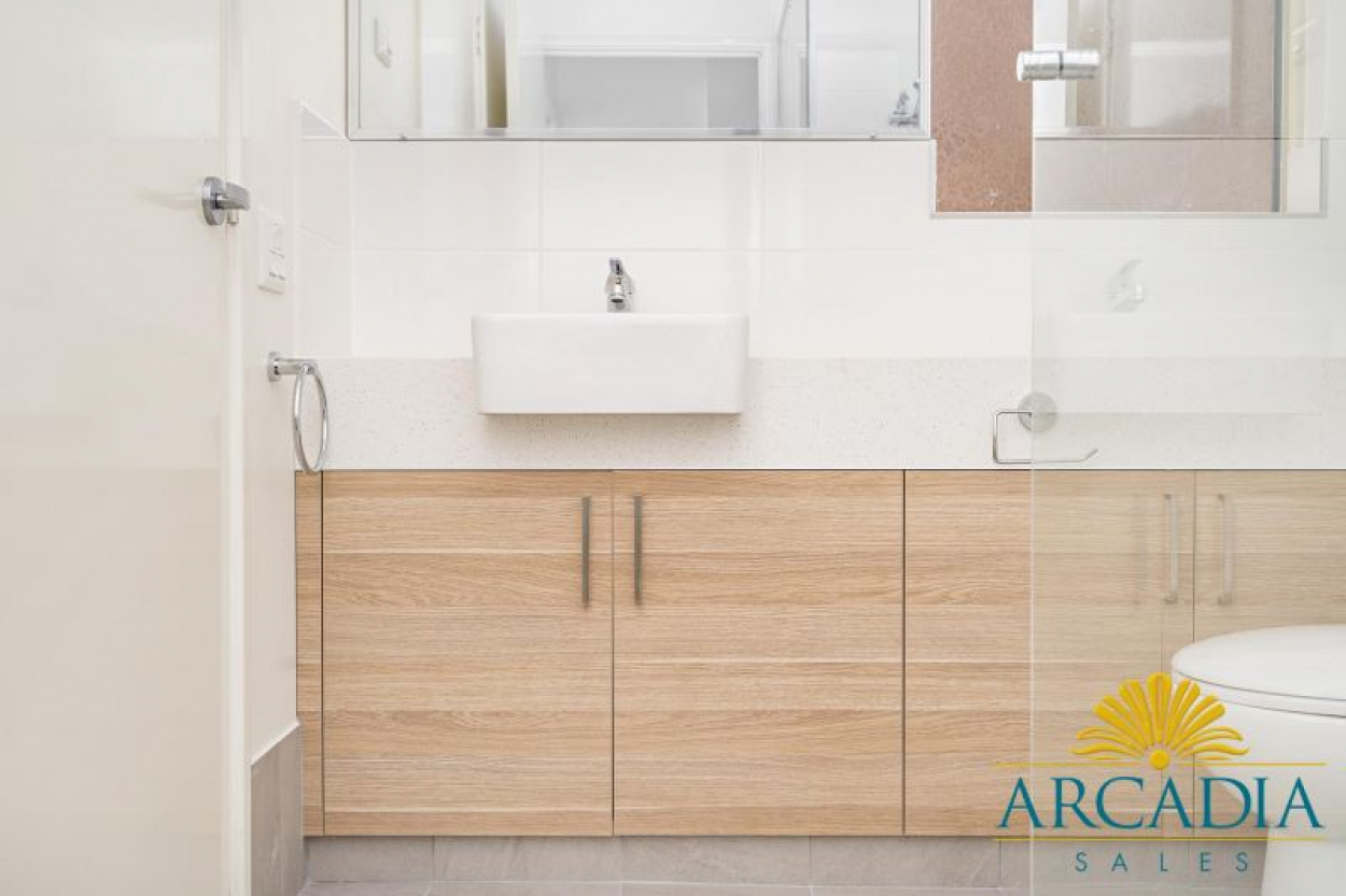 Arcadia Waters Geraldton - New Listing Fully Refurbished