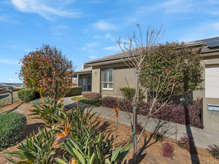 When only the best will do – Charming home in premier location